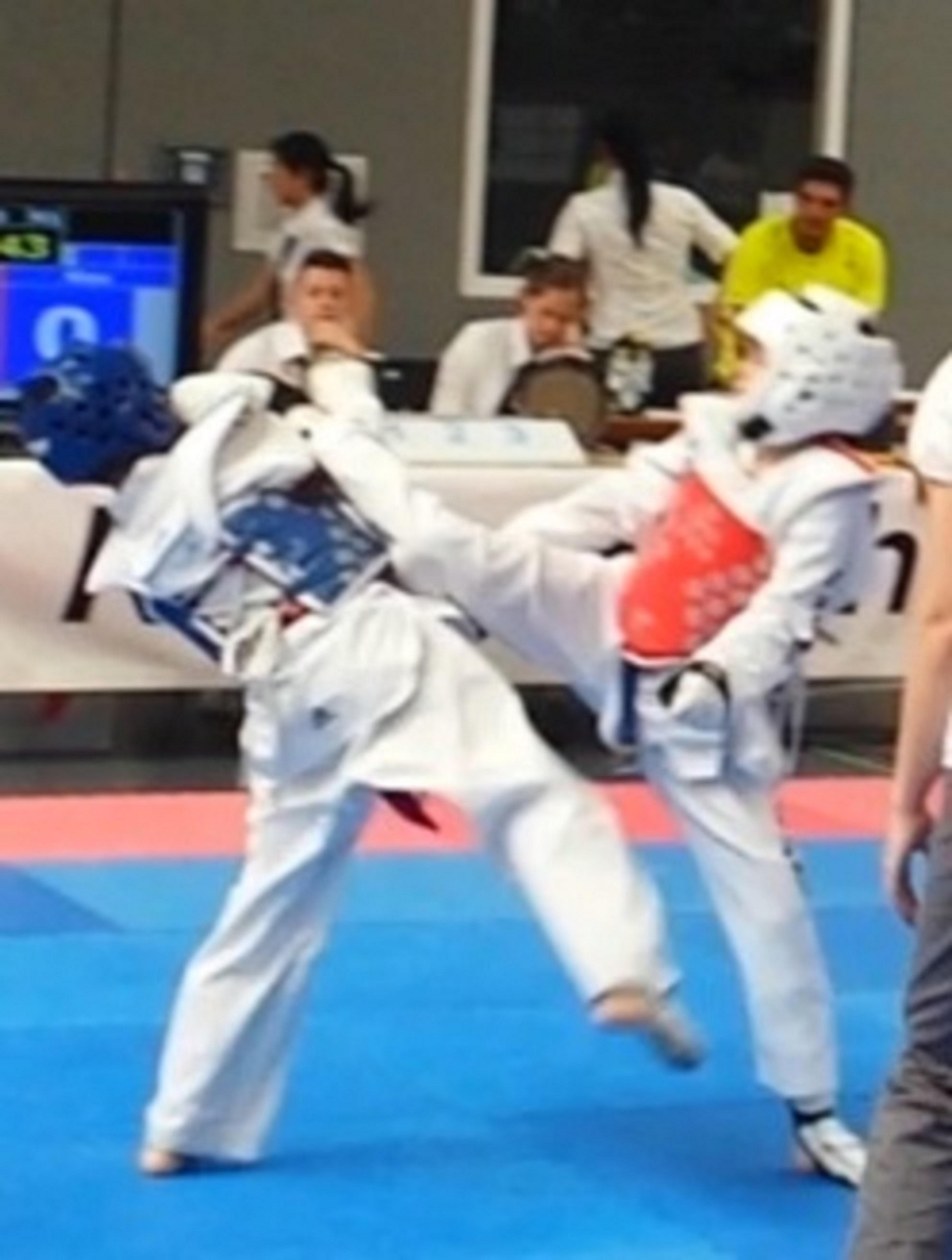 SPORTING Taekwondo mit Rheinland-Pfalz Meisterin, 3 Vize-Landesmeistern und einer Bronze-Medaille in Ingelheim erfolgreich