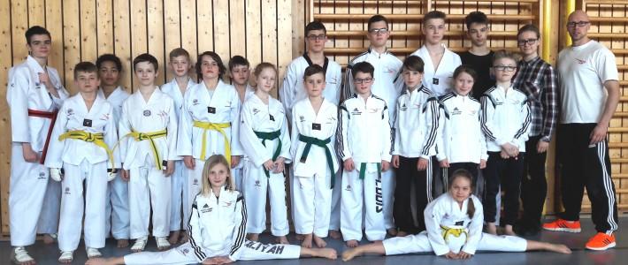 7 Erstplatzierungen und 7 weitere Medaillen für SPORTING Taekwondo in Hessen