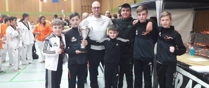 Wieder ein Mannschaftserfolg für SPORTING Taekwondo – 19 Medaillen in Pirmasens